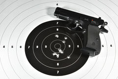 Pistolecika i strzelaniny cel Obrazy Stock