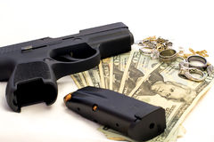 Pistolen-Kugel-Verbrechen berichtigt Gewehr-Geld-Verbrechen-Schmuck Stockbilder