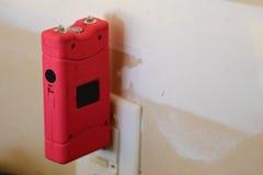 Pistolet à électrochoc rose Image stock