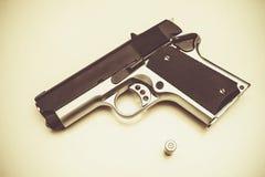 Pistolet i pocisk Obraz Royalty Free
