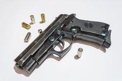 Pistolet i pociski Zdjęcia Stock