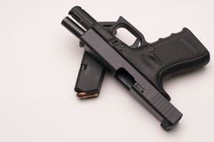 Pistolet 9 mm z magazynem Zdjęcia Stock
