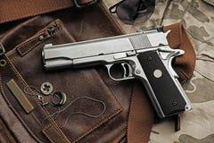 Pistolet, pistolet 45 Photo stock