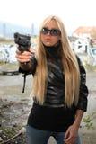 pistolkvinnabarn Fotografering för Bildbyråer