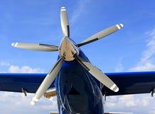 Pistongflygplanmotor arkivbild