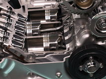 Pistons dans une engine de véhicule Images stock