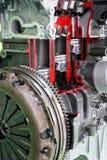 Pistons et valves de moteur de voiture images libres de droits
