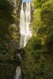 Pistyll Rhaeadr vattenfall – hög vattenfall i Wales, eniga Ki Royaltyfria Bilder