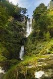 Pistyll Rhaeadr vattenfall – hög vattenfall i Wales, eniga Ki Arkivbilder