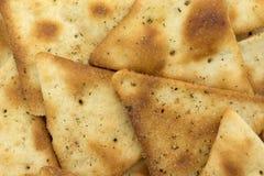 Οι τριζάτες κροτίδες πρόχειρων φαγητών pita κλείνουν την άποψη Στοκ φωτογραφίες με δικαίωμα ελεύθερης χρήσης