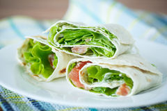 Pita with salad and salted salmon Royalty Free Stock Photos