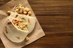 Pita Sandwich mit Kichererbse und Thunfisch lizenzfreie stockfotografie