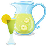A pitcher of lemonade Royalty Free Stock Photos