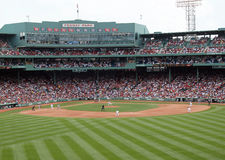 Pitcher Tim Wakefield throws a pitch at Fenway stock images