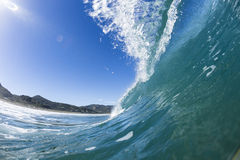 Pitching Wave, North Piha, New Zealand Royalty Free Stock Photos