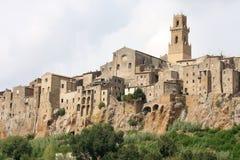 Средневековый городок Pitigliano, Тосканы в Италии Стоковое Изображение RF