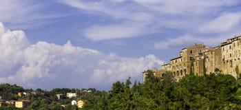 Pitigliano, Tuscany koloru córek wizerunku matka dwa Fotografia Stock