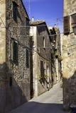 Pitigliano, Tuscany, stary miasto koloru córek wizerunku matka dwa Zdjęcie Stock