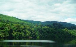 Beautiful Lake on summers day, Pitlochry, Scotland Royalty Free Stock Photos