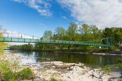 Pitlochry Skottland UK sikt av floden Tummel i Perth och Kinross som en populär turist- destination panorerar Arkivfoto