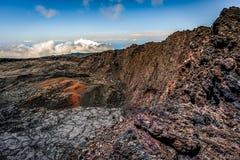 Piton de La Fournaise se derrumbó cráter Imagenes de archivo