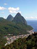 Pitons y Soufriere de St Lucia imagen de archivo libre de regalías