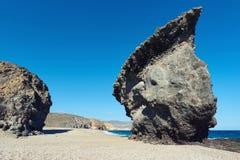Pitoresco Playa de Los Muertos spain foto de stock royalty free