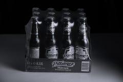 Pittinger Marzen öl, svart bakgrund Royaltyfri Fotografi