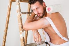 Pittore nudo sexy del petto Immagini Stock