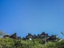Pittoresk arkitektursemesterort på höjdpunkter i Colombia Arkivfoton