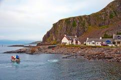 Pittoresk cove på islen av Skye, Skottland Arkivfoto