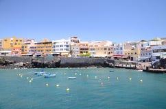 Pittoresk fjärd i Los Abrigos i söderna av den Tenerife ön Arkivbild