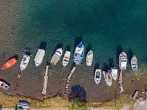 Pittoresk hamn från över, Grekland arkivbild