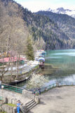 pittoresk ritsa för abkhazia lakeliggande Fotografering för Bildbyråer