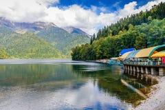 pittoresk ritsa för abkhazia lakeliggande Royaltyfria Bilder