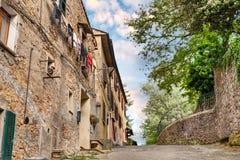Pittoreska förorter av Volterra, Tuscany, Italien Royaltyfria Bilder