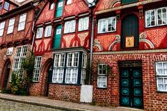 Pittoreska historiska byggnader i gammal stad av Lueneburg, Tyskland Fotografering för Bildbyråer