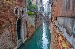 Pittoreska kanaler i Venedig Arkivfoto