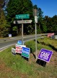 Pittsboro, NC: Sinais 2016 da campanha eleitoral Fotos de Stock Royalty Free