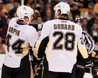 Pittsburgh Penguins di Orpik dei ruscelli Fotografia Stock