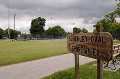 PITTSBURGH, PENNSYLVANIA, los E.E.U.U. 6-19-2018 los deportes ovales de Schenley complejos en el parque de Schenley fotos de archivo