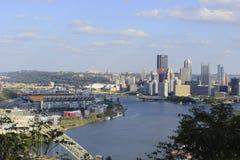 Pittsburgh Pennsylvania och Heinz Field Arkivfoto