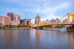Pittsburgh, Pennsylvania Skyline from North Shore Riverfront Par Stock Images