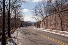 Pittsburgh Pennsylvania, USA 02/21/2019 ingången in i den Summerset grannskapen royaltyfria foton