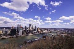 Pittsburgh, Pennsylwania, usa 3/15/2109 A widoków śródmieście od Grandview Przegapia w Mt Waszyngton zdjęcie royalty free