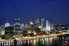 Pittsburgh's skyline at night Royalty Free Stock Images