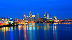 Free Pittsburgh Skyline At Night Stock Photography - 17104862