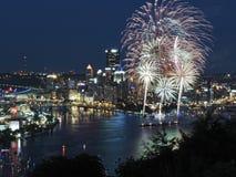 Pittsburgh-Skyline an der Dämmerung Stockfotografie