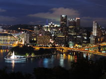 Pittsburgh skyline at dusk royalty free stock photo