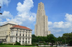 Pittsburgh universitet och soldat- och sjömanmuseum Royaltyfri Fotografi